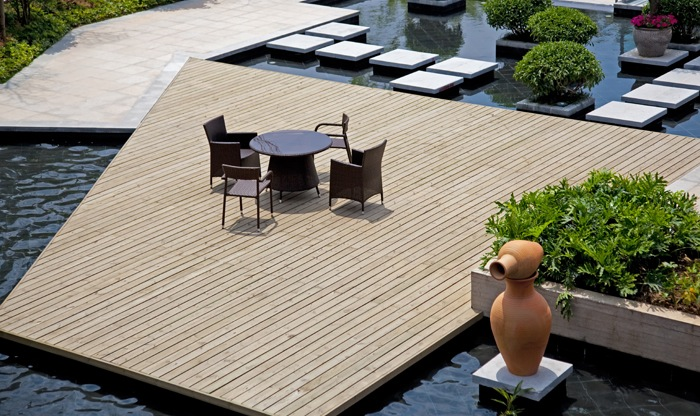 Zelf een houten terras aanleggen tips en voorbeelden - Bedek een houten terras ...
